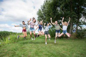 Fotofamkes fotografie in Friesland fotoshoot studio vriendenshoot